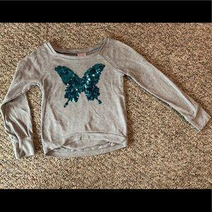 Girls grey sweatshirt w/ blue butterfly